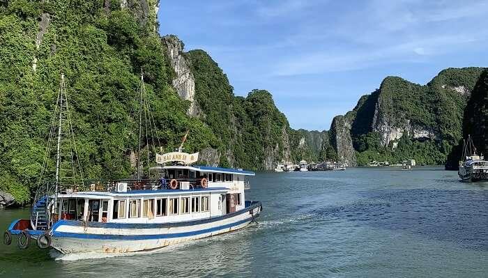 islands of northeastern Vietnam