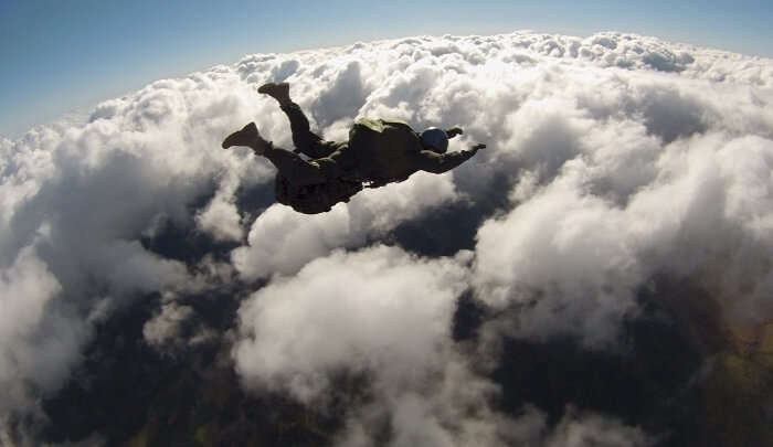 Minimum Age For Skydiving In Canada