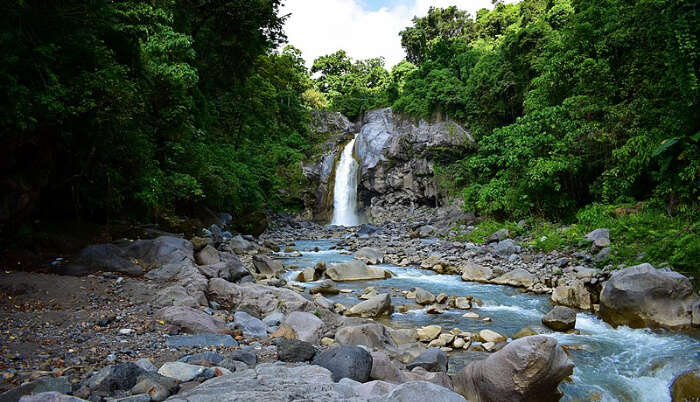 Tips For Visiting These Lombok Waterfalls