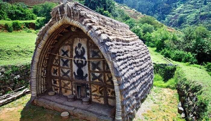 Toda Huts
