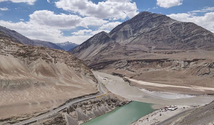 sindhu ghat river