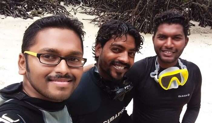 a pic with diving instructor