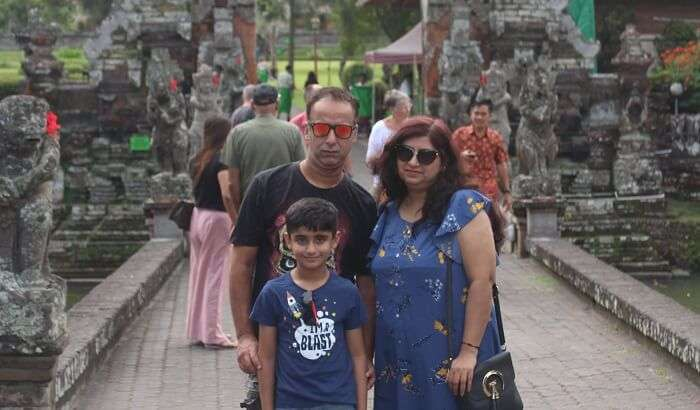 visited Ubud Monkey Forest with family