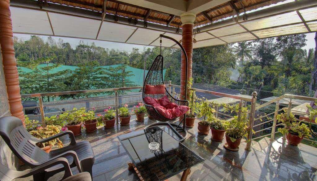 Srinikethana Homestay