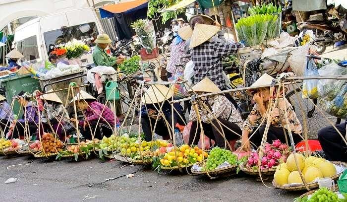 fruit vendors at old market