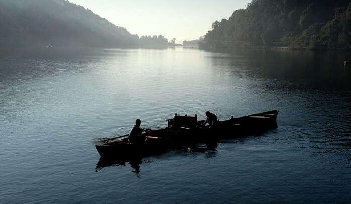 boat in lake nainital