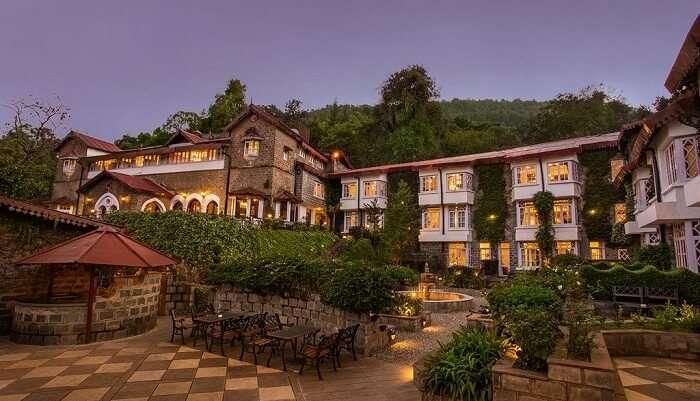 naini retreat hotel