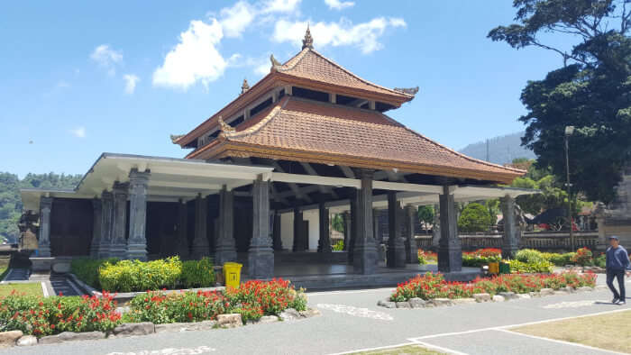 Calm and Peaceful Temple