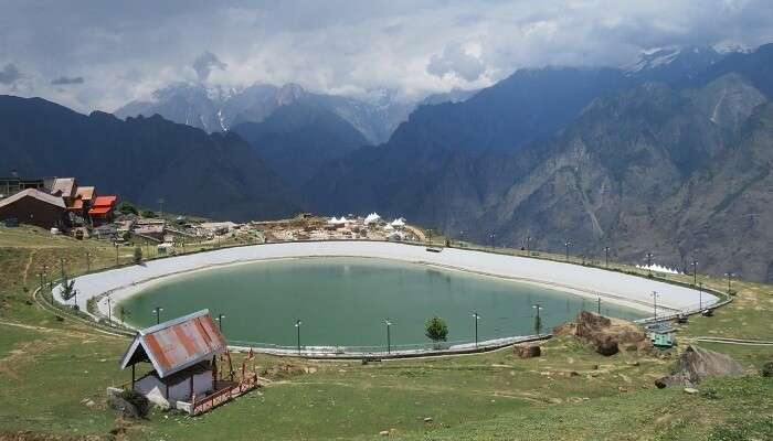 Lakes in Auli