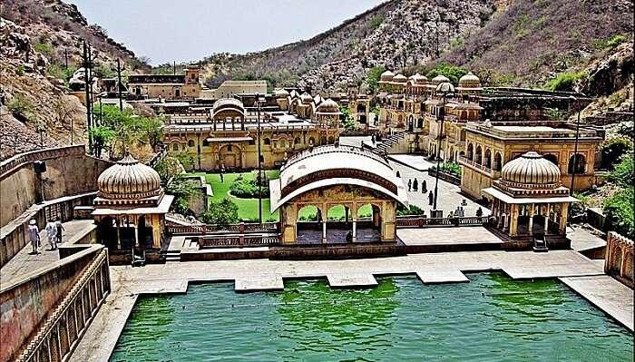 Galtaji-Temple1