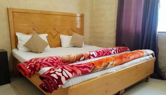 Hotel Raj Golden, Palampur