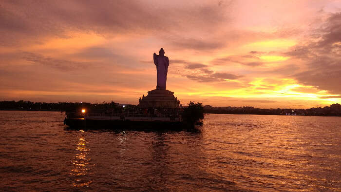 Hussain Sagar lake view