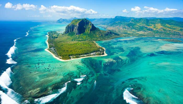 Mauritius cover