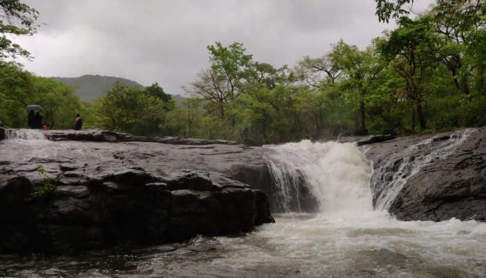 waterfall of nanhe ghat
