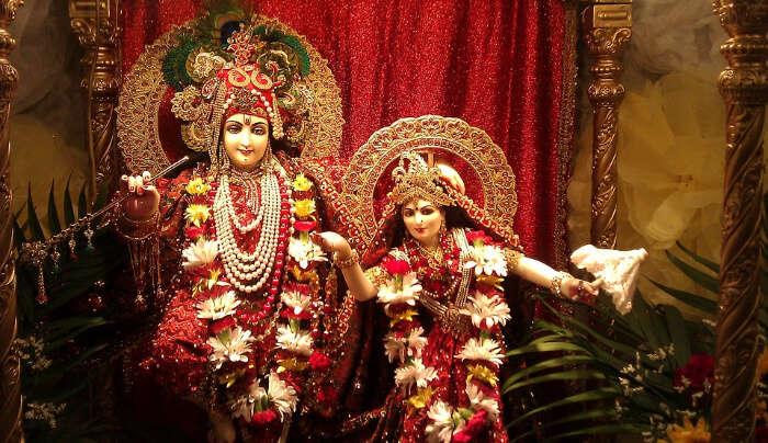 Beautiful Statue of Radha and Krishna