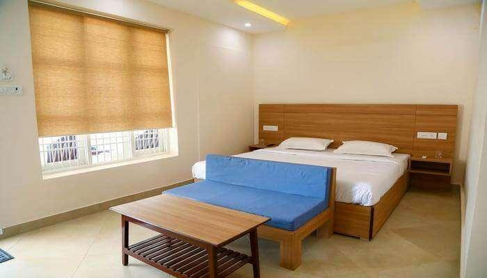 Oceanside Hotel Mahabalipuram