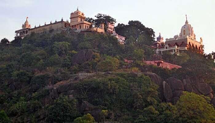 Pisanhari Ki Madiya