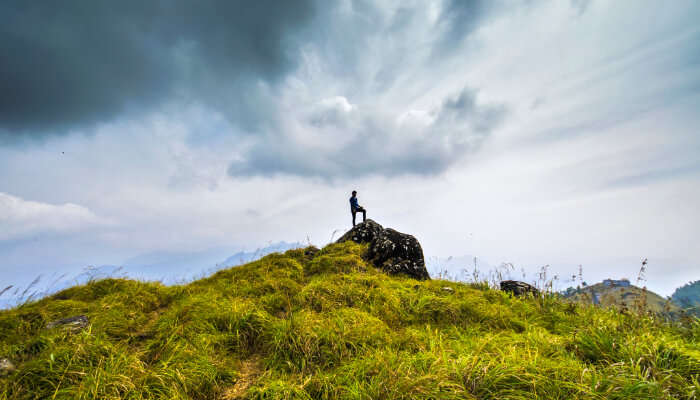 ponmudi peak