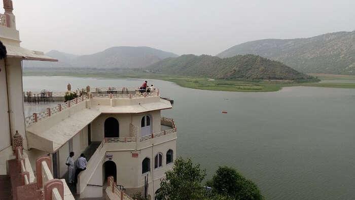 Siliserh Lake palace view
