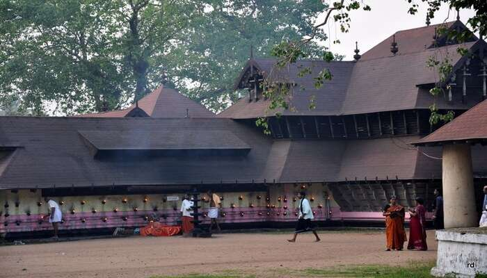 Sri Chinakkathoor Bhagavathy Temple, Palappuram