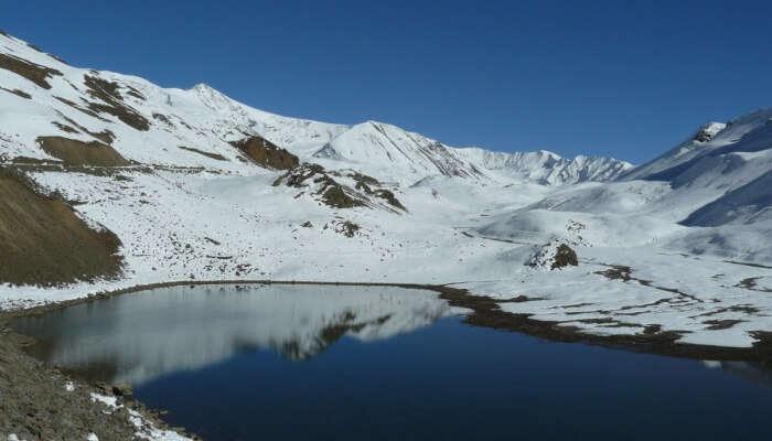 Lake in Auli