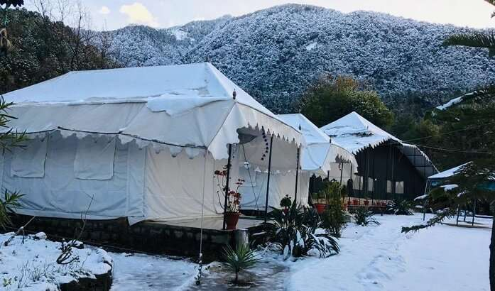 art tents while comprising of 6 pool and mountain view rooms