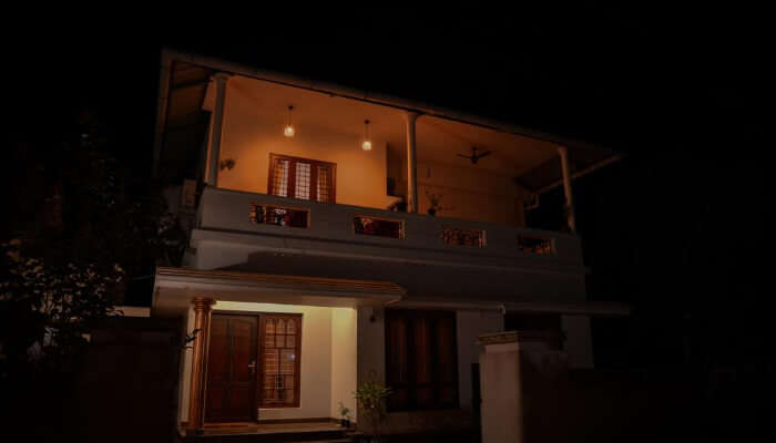Homestay in Night