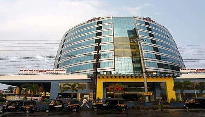hotel at thiruvalla