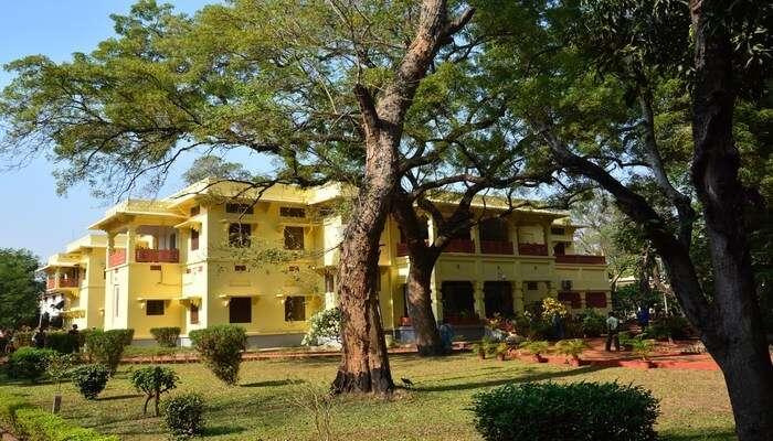 Uttarayan Complex in Bolpur