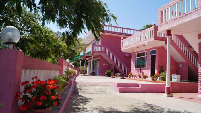 Pink  Resorts