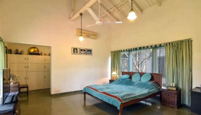 hotel room in bulbul wadi
