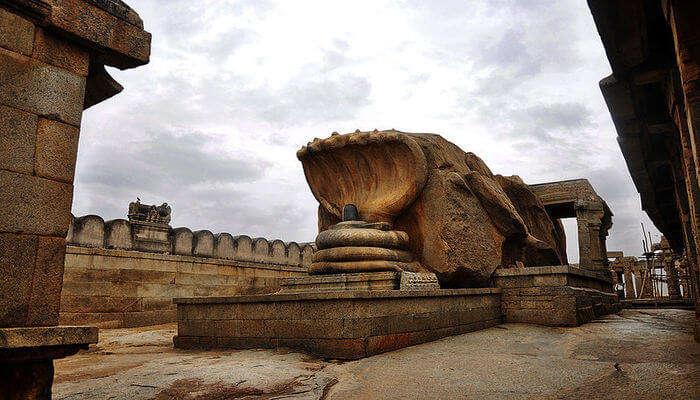 Lingam Temple