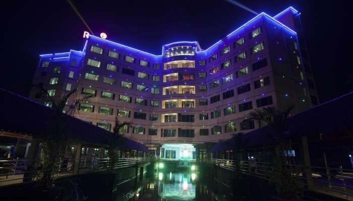 five star hotel building