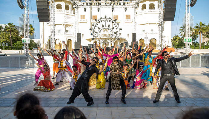 Bollywood_Grand-Parade resized