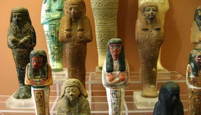 museum has nine different rooms having different sculptures