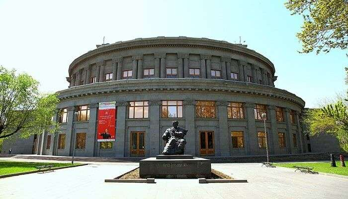 Enjoy Incredible Architecture in Yerevan