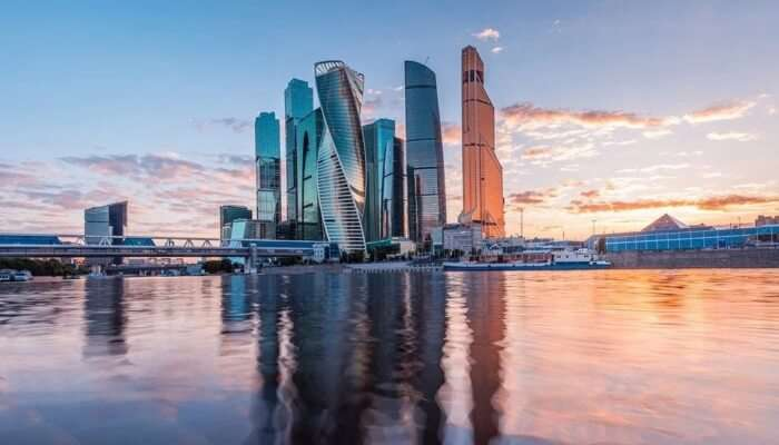 Explore amazing Moscow City