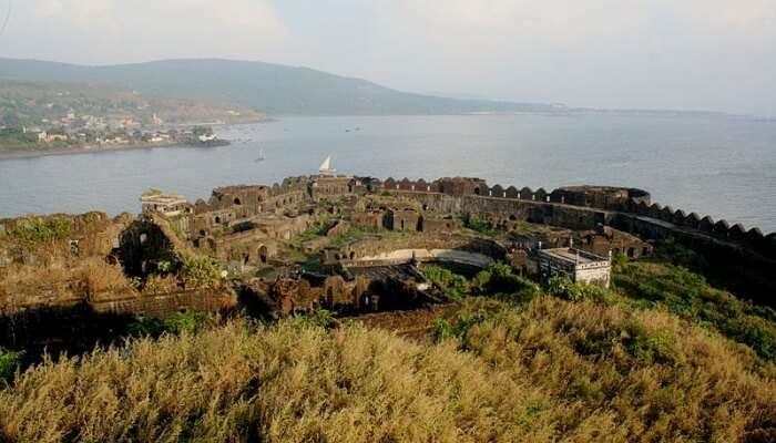 Explore The Villages Of Harnai-Murud