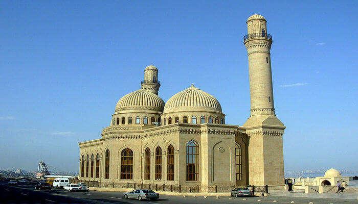 Explore the architecture of Bibi Heybat Mosque