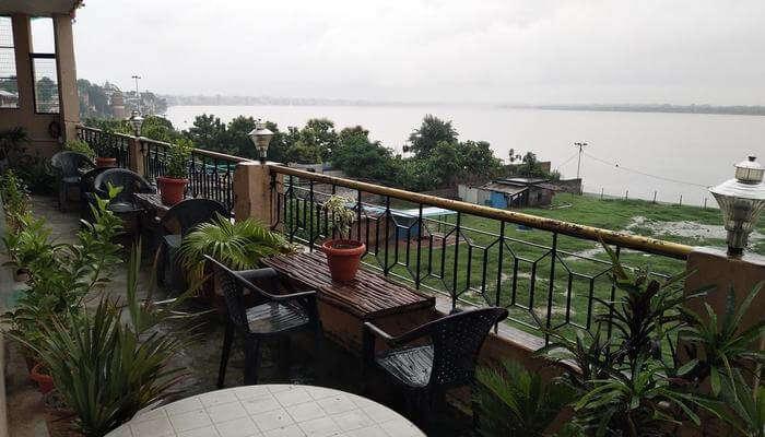 Ganga Paying Guest House