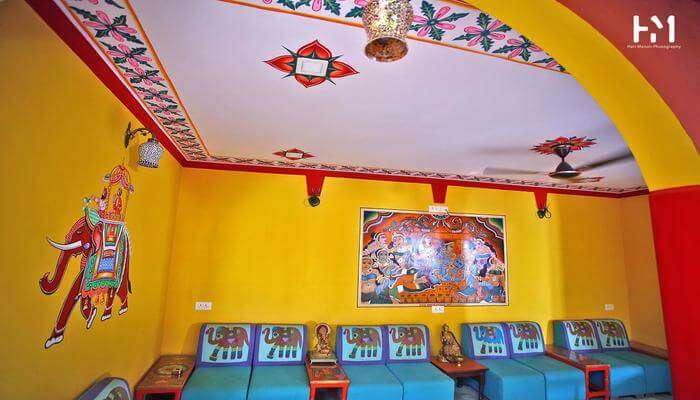 Ganpati Guest House room