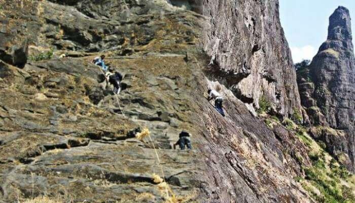 Hiking at bahiri caves