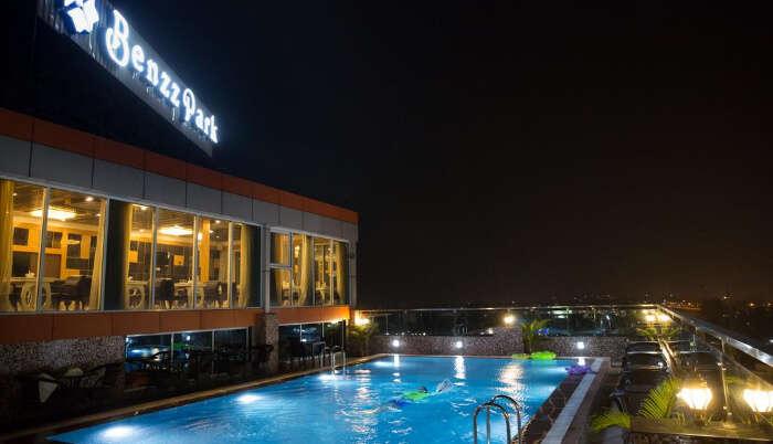 Hotel Benzz Park in Vellore