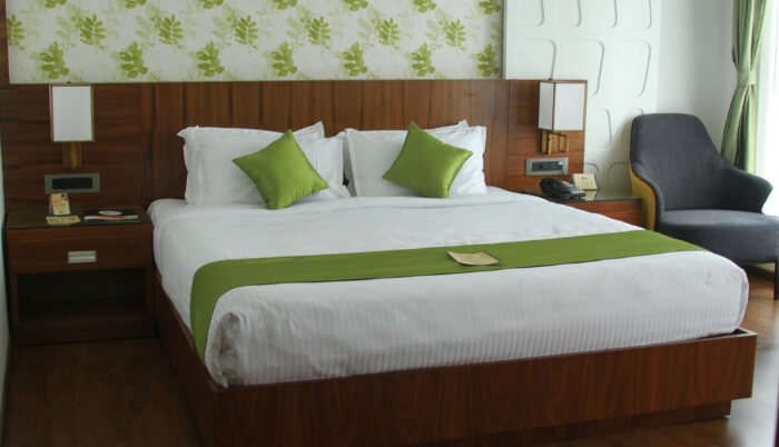 Hotel Caesar Palace in Kottayam