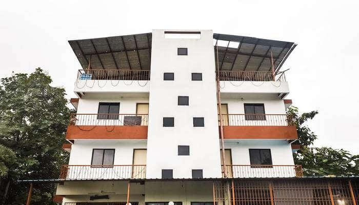 Hotel Meghavi