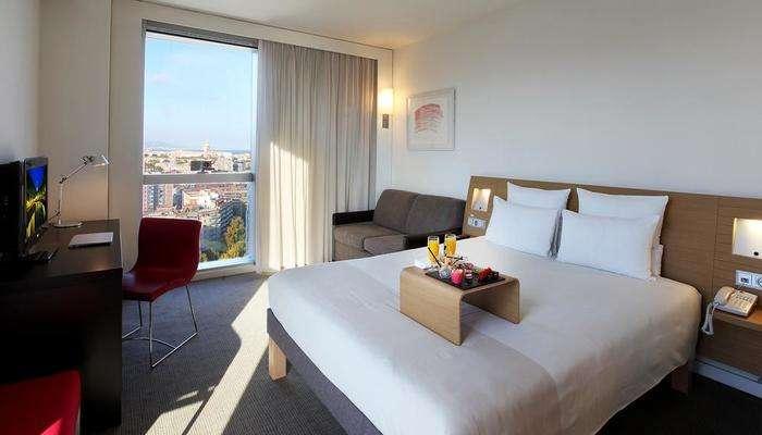 Hotel Novotel Barcelona room