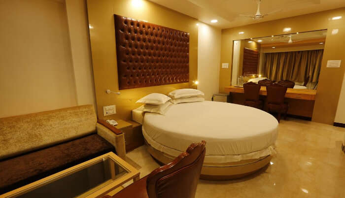 Luxurious Hotel in Alibaug