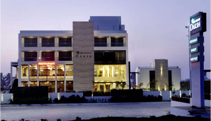Hotel The Grand Daksh in Somnath