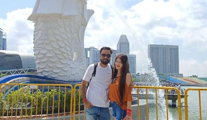 clicked picture at the merlion staute