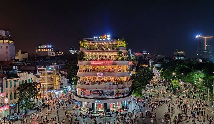nightlife of the Vietnam
